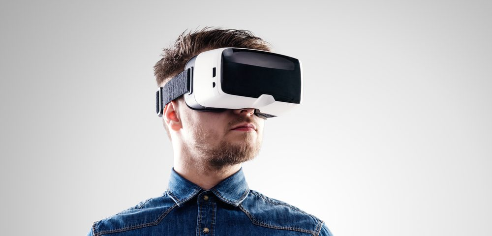 Virtual Reality Therapeutic EaseVRx Named Breakthrough Device by FDA